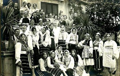 Clanice drustva Kneginja Ljubica iz Urosevca u domu Nake Spasic u Beogradu 1930