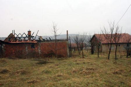 Девастирана српска кућа