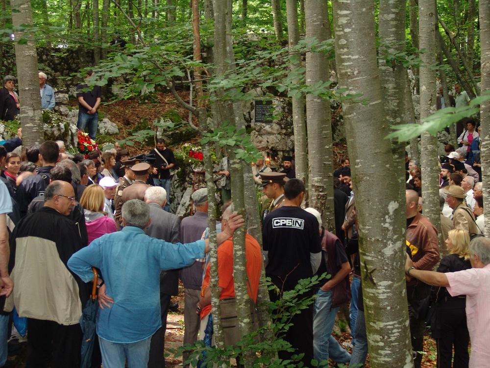 На Јадовну 26 jуна 2010. - Прво обиљежавање Дана сjећања на Јадовно 1941.