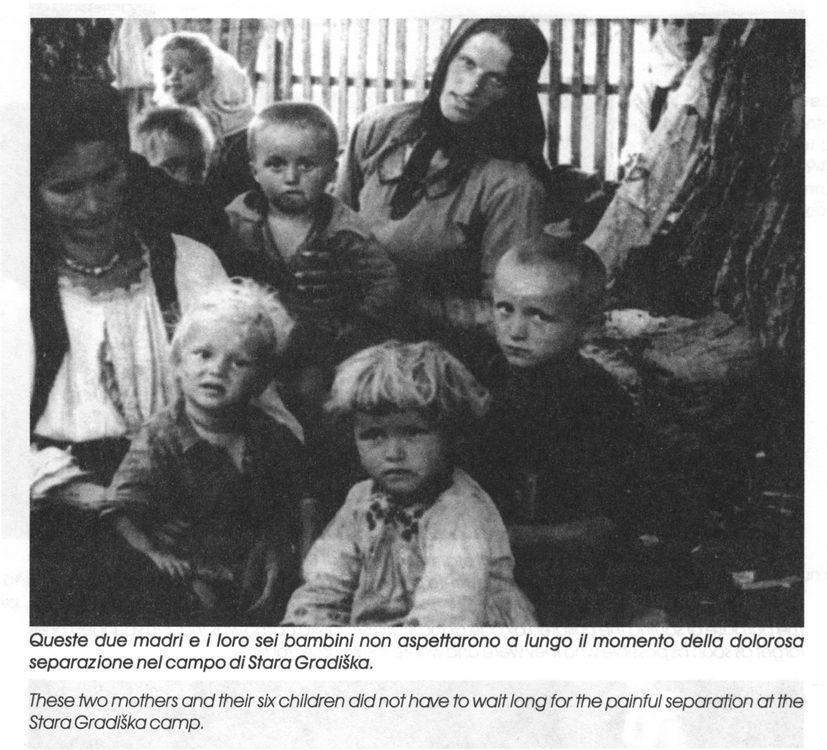 Dvije majke i njihovo šestero djece neposredno pred bolno razdvajanje u logoru Stara Gradiška