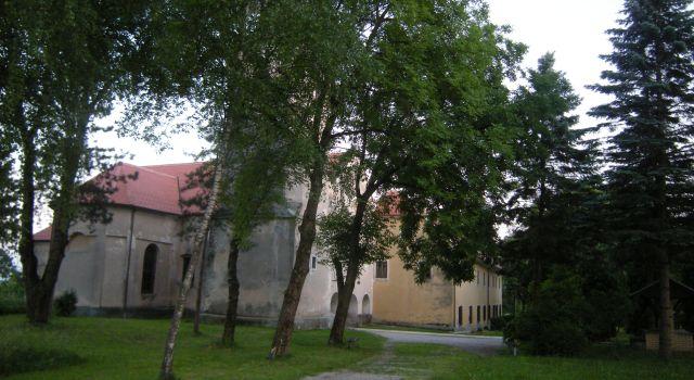 Црква и споменик Св. Мариjе