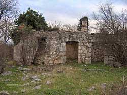 Остаци Ћирине куће у Пребиловцима
