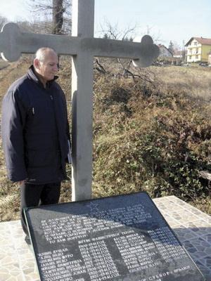 http://jadovno.com/tl_files/ug_jadovno/img/stratista/prnjavor/Prnjavor_masovna_grobnica_Radulovac.jpg
