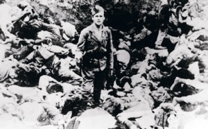 "Усташки џелат по ""обављеном послу"" Фото: Архив Музеја жртава геноцида"