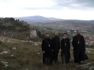 episkop-atanasije-u-livnu.jpg