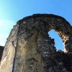 Остаци цркве у Коларићу