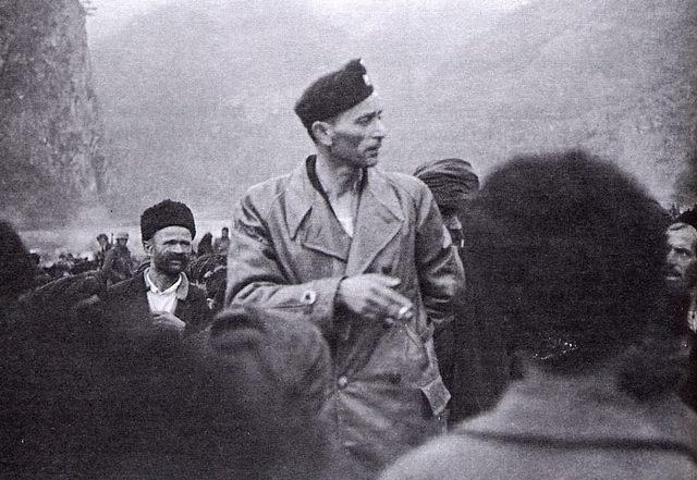 Командант Црне Легије, пуковник Јуре Францетић у Старом Броду, на обали Дрине 1942.