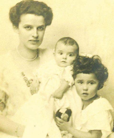 Диана Будисављевић