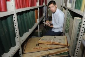 Немања Девић је прекопао многе архиве у земљи и иностранству