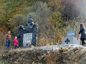 Spomen obilježje na Glođanskom brdu kod Zvornika