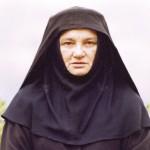 Mati Makarija (dr Milica Obradović)