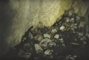 Кости мученика у јами Равни Долац