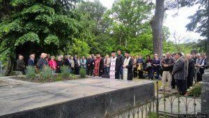 Парастос побијеним Србима у Глини 12. и 13. маја 1941.