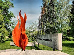 Spomenik u Velikom Palančištu