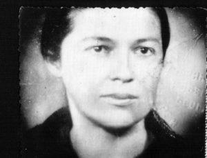 моја мајка -фотографија са избјегличке легитимације
