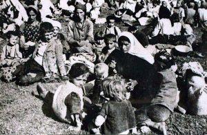 majke_sa_djecom_u_logoru