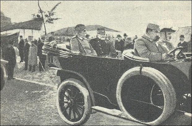 * Краљ Петар и војвода Путник у Прилепу 1912.