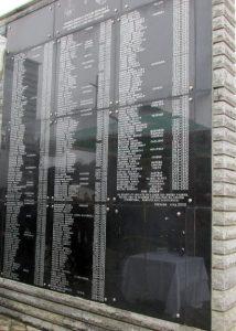 Код Централног споменика за 305 погинулих српских цивила и војника у Скеланима код Сребренице сутра ће, поводом 24 године од убиства 69 Срба из овог мјеста, бити служен парастос и одата почаст страдалима.