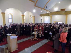 U hramu Pokrova Presvete Bogorodice u Potkozarju danas su služeni liturgija i parastos povodom 75 godina od stradanja 562 Srba u Potkozarju i Piskavici u Drugom svjetskom ratu.