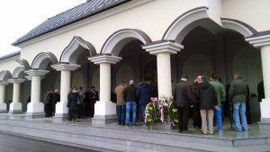 U Bijeljini su danas, povodom 21 godine od egzodusa Srba iz Sarajeva, položeni vijenci na spomen-obilježje za 1.254 poginula i nestala srpska borca iz sarajevske regije.