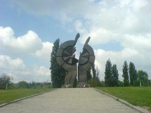 Sadašnji spomenik na Starom sajmištu na mestu nekadašnjeg logora u Beogradu. Foto: Wikimedia/Pinki.