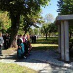 Поводом Дана општине Градишка и 72. године од ослобођења у Другом свјетском рату данас су положени вијенци на спомен-обиљежја жртвама Народноослободилачког рата,
