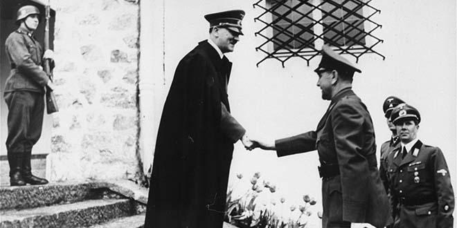 Хитлер и Павелић