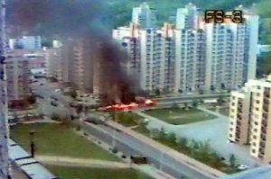 Napad na kolonu direktno je prenosila lokalna TV , Foto: Privatna arhiva