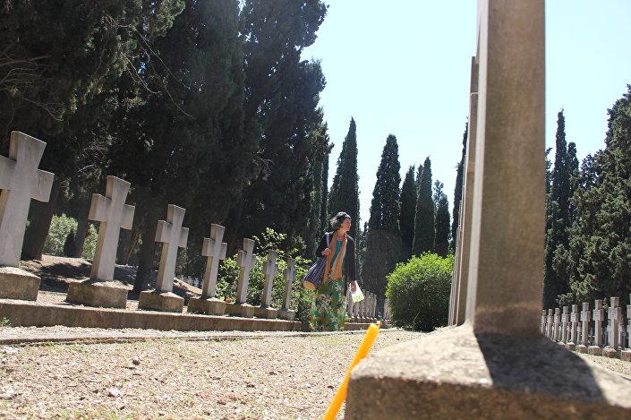 Српско војничко гробље на Зејтилнику. Фото: © Sputnik/ Сенка Милош
