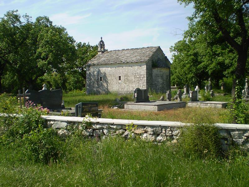 Црква у Рђусима