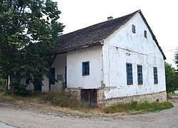 Зграда у којој је била кафана Сувобор место сусрета Драже и Тита