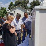 """U Bijeljini je danas otkriven i osveštan """"Spomenik majkama"""" za čiju se izgradnju od 2015. godine zalagalo Udruženje porodica nestalih boraca i civila Semberije i Majevice."""