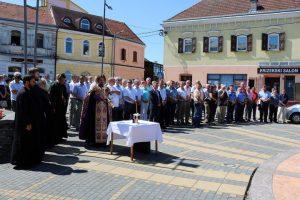 У Дервенти је данас обиљежен Дан ослобођења општине у одбрамбено-отаџбинском рату у коме је погинуло 608 српских бораца са овог подручја, а око 2.000 је рањено