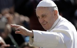 Папа Фрања (архивска фотографија)