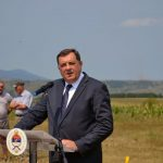 Predsjednik Republike Srpske Milorad Dodik rekao je danas da je ustaškim zločinom u Garavicama bihaćki prostor etnički očišćen, čime je sistemski i organizovano promijenjena struktura stanovništva na tom području, te da je Srba u Bihaću, nakon posljednjeg rata, ostalo veoma malo.