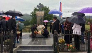 Kod spomen-obilježja u selu Serdari, opština Kotor Varoš, danas je služen parastos za 16 Srba, koje su prije 25 godina ubili pripadnici hrvatsko-muslimanskih snaga.