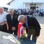 Почаст погинулим борцима одали су, прислуживањем свијећа и полагањем вијенаца представници општинске Борачке организације.