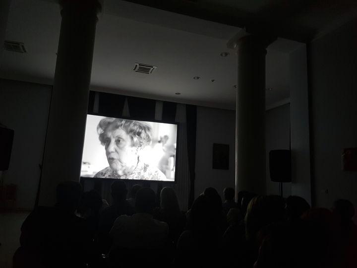 """У Мостару је приказан документарни филм """"Завештање"""" снимљен на основу свједочења жртава које су као дјеца преживјели логоре и геноцид у Независној Држави Хрватској /НДХ/ од 1941. до 1945. године."""
