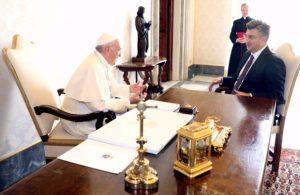 Састанак премијера Хрватске са папом Фрањом