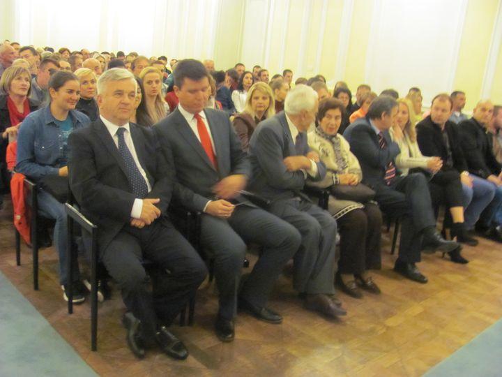 """У Културном центру Бански двор у Бањалуци вечерас је одржана премијера филма """"Косово-моменат у цивлизацији"""", режисера Бориса Малагурског."""