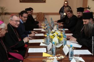 Пјетро Паролин са представницима других вероисповести