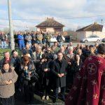 У Српској Тишини код Шамца служен је парастос и положени су вијенци у знак сјећања на погинуле у одбрамбено-отаџбинском и Другом свјетском рату.
