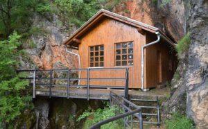 Titova pećina u Drvaru