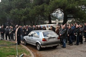 Служењем парастоса и полагањем цвијећа на споменик данас су обиљежене 23 године од смрти Александра Маслеше, најмлађег борца Tребињске бригаде Војске Републике Српске.