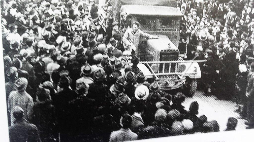 БРЖИ У ЛИКВИДАЦИЈАМА ОД НАЦИСТА: Улазак Немаца у Загреб 10. априла 1941. године поподне (Фотографија преузета из књиге С. Трифковића)