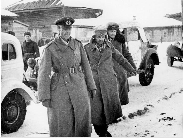 Предаја Паулуса, 31. јануар 1943.  Wikipedia