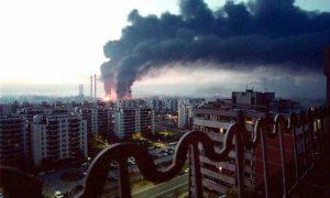 """НАТО """"баца"""" бомбе на Нови Београд Фото: ЕПА/Саша Станковић"""