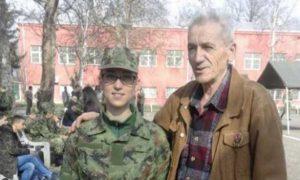 Божо Кецовић са унуком Барбаром Фото: Лична архива