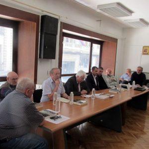 """Националном центру """"Слободна Србија"""" у Београду данас је представљена књига """"Досије Сарајево"""" аутора Миливоја Иванишевића."""