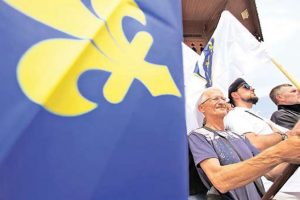 Недавни протест против хапшења Атифа Дудаковића, осумњиченог за ратне злочине против српских цивила и заробљеника (Фото Бета/АП)